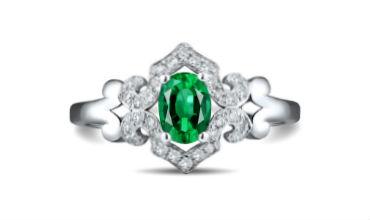 Ювелирные изделия с цветными драгоценными камнями