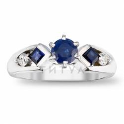 Помолвочное кольцо из белого золота с сапфиром, бриллиантом и изумрудом