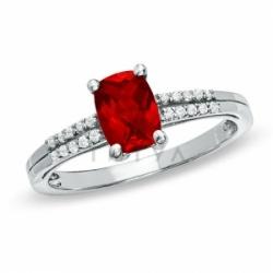 Кольцо из белого золота с рубином и белым сапфиром