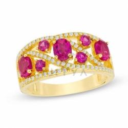 Кольцо из желтого золота с рубином и белым сапфиром