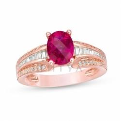 Кольцо из красного золота с рубином и белым сапфиром